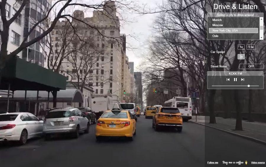 Conducir de forma virtual por diversas ciudades escuchando emisoras locales