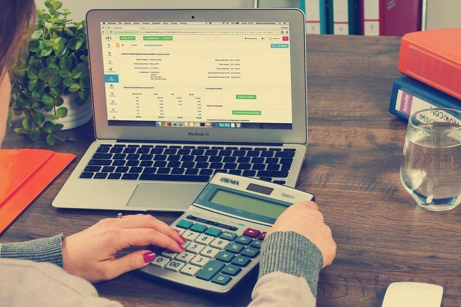 ¿Qué es una factura electrónica y cuáles son sus ventajas?