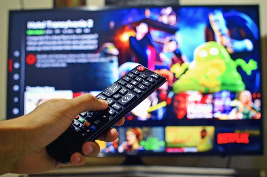 Alternativas gratuitas a Netflix para ver cine y series de forma legal
